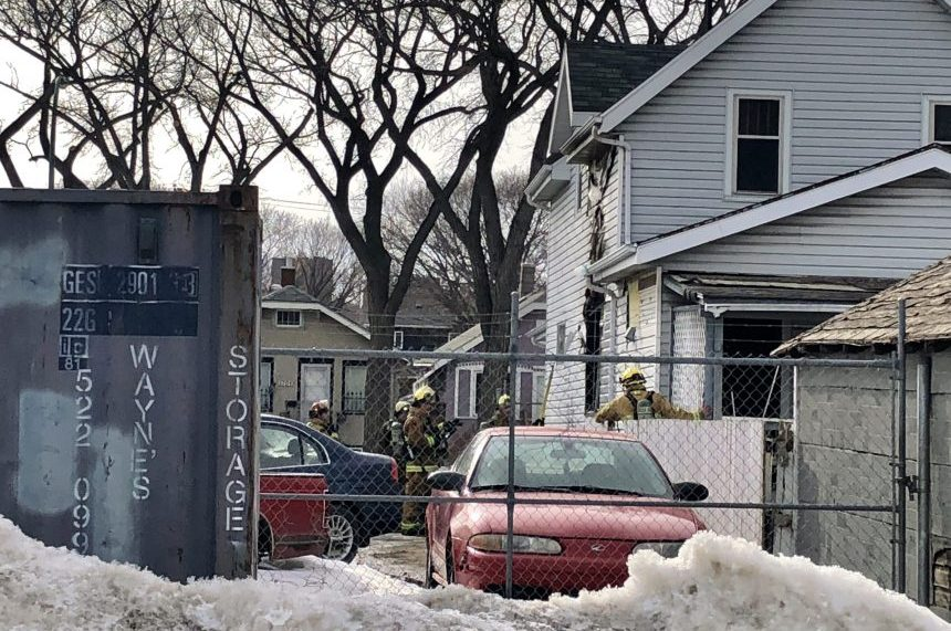 Regina firefighters respond to blaze at Montreal Street home