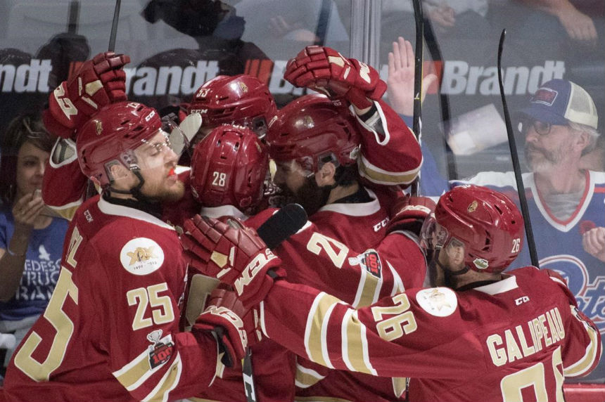 Titan hold off 3rd-period rally from Pats to earn berth to semis at Memorial Cup