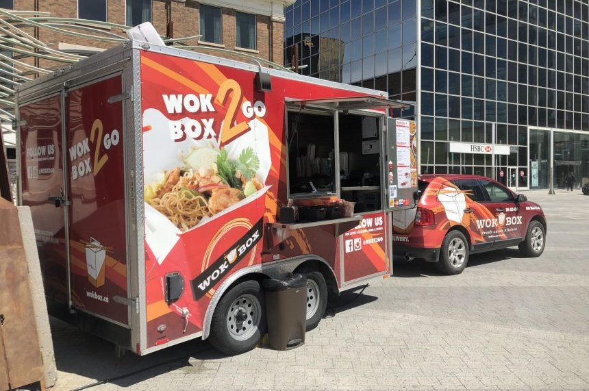 Regina to review $300 hike for food truck permits: mayor