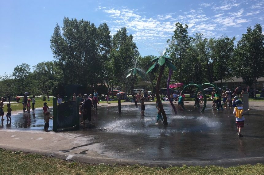 Heat wave holds on as warnings continue