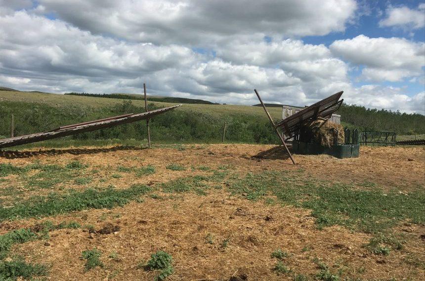 'Chaos:' Tornado hits farm in southwest Sask.