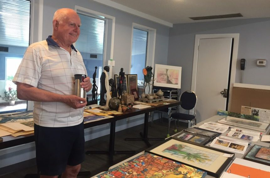 82-year-old Regina man gives back through art