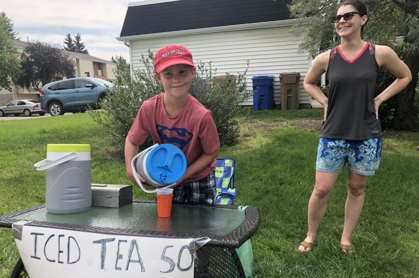 Kid entrepreneur capitalizes on Saskatchewan heat wave
