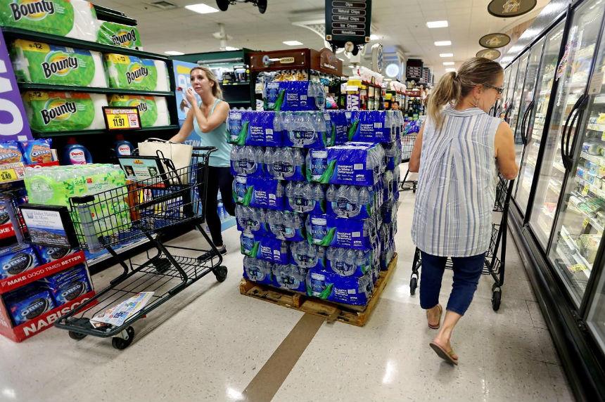 Florence strengthens to Category 4, takes aim at Carolinas