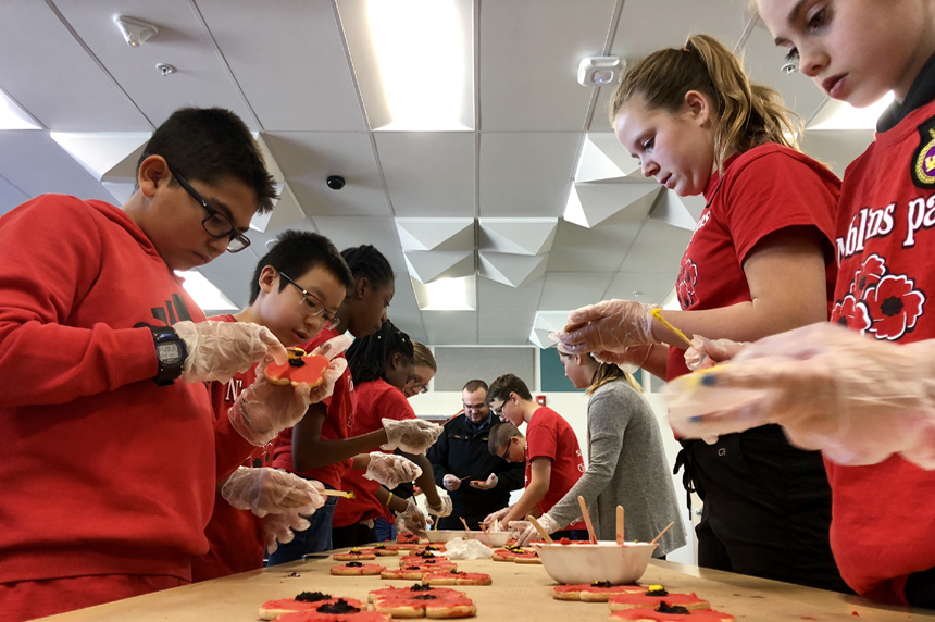 Regina students decorate cookies for veterans