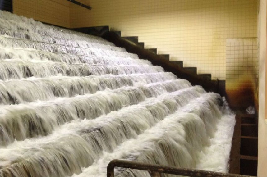 Regina conserving water after power loss at treatment plant