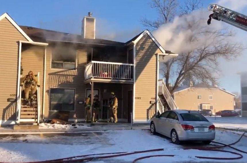 Man sent to hospital after northwest Regina condo fire