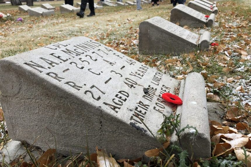 'The real heroes:' Regina students lay poppies on veterans' graves