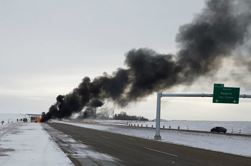 Regina firefighters douse vehicle fire north of city