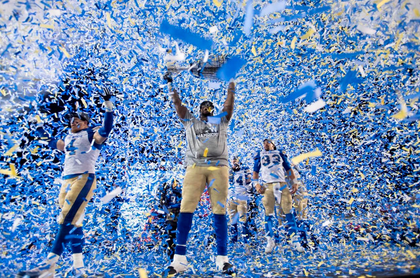 blue-bombers-hoist-the-grey-cup-after-vi