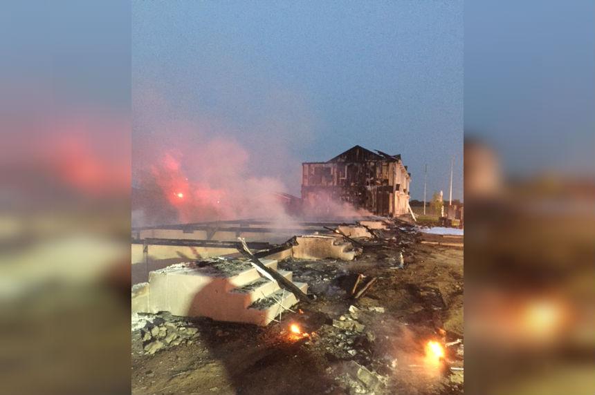 Fire destroys Martensville condo building