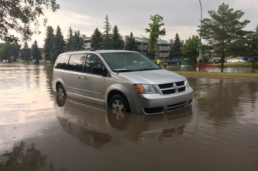 Saskatoon streets flood after heavy rain, hail hits city