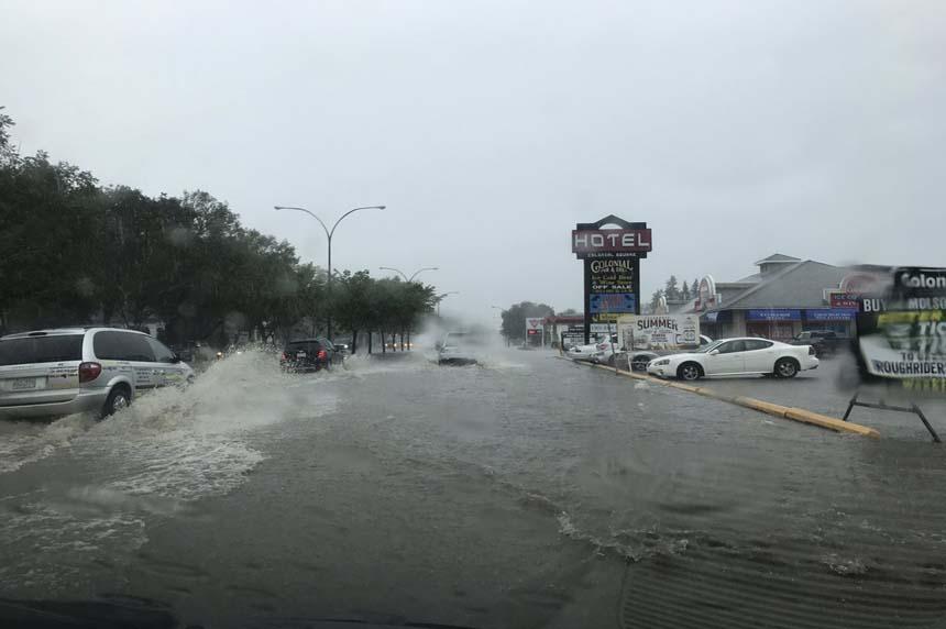 Neighbourhoods flood after heavy rain hammers Saskatoon