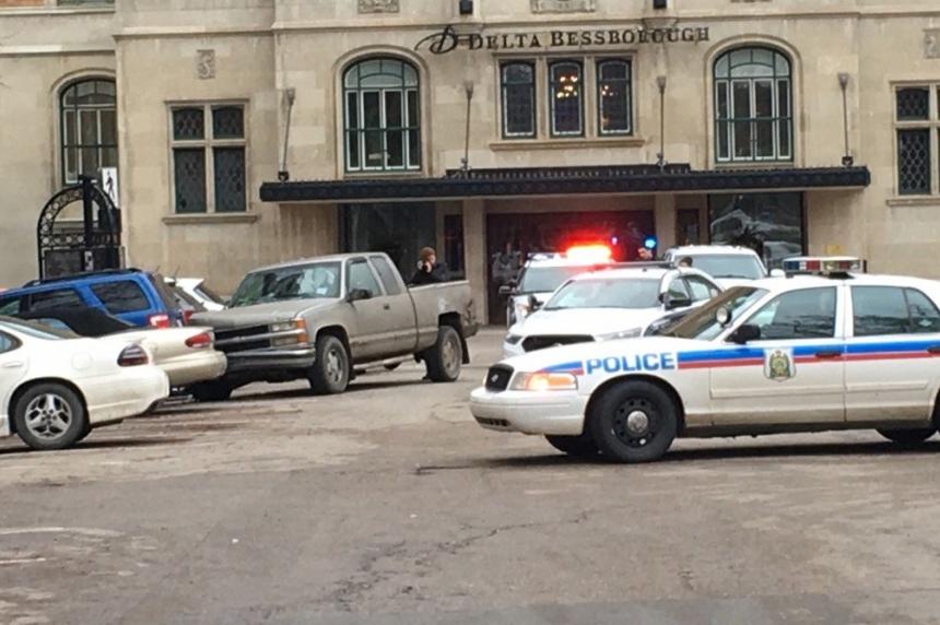 Driver tries to evade police by speeding through downtown Saskatoon