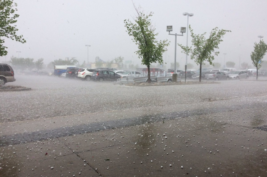 Hail storm hammers parts of Saskatoon