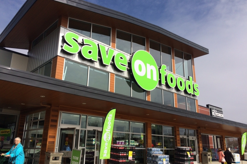 Regina shoppers intrigued by Save-on-Foods franchise