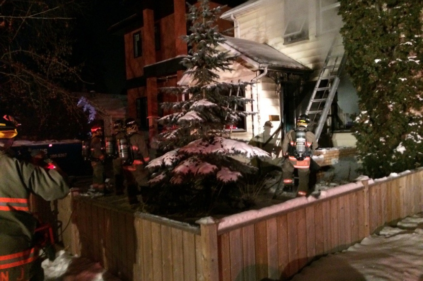 Early-morning blaze claims house in Saskatoon