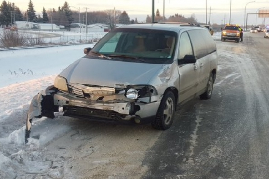 Update: Icy conditions cause havoc on Saskatoon roads