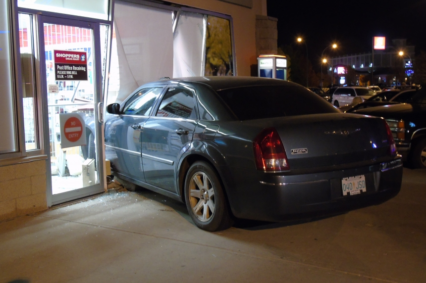 Car crashes into Shoppers Drug Mart in south Regina