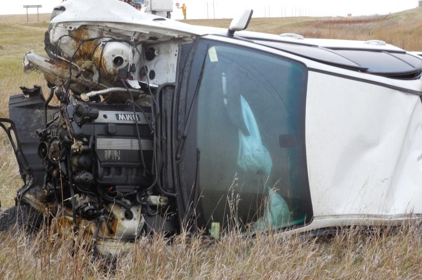 3 Alberta teens injured after stolen car rolls by Mortlach, Sask.
