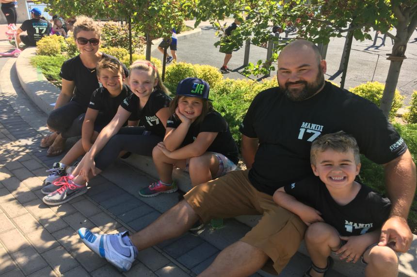 Honoway family honoured at 6th annual Mandi Schwartz run