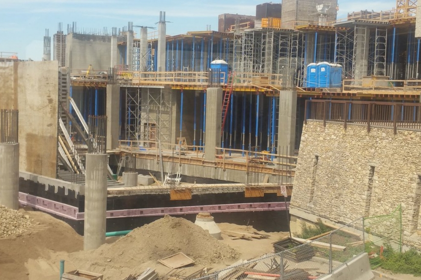 Investigation begins into worker death at Children's Hospital construction site
