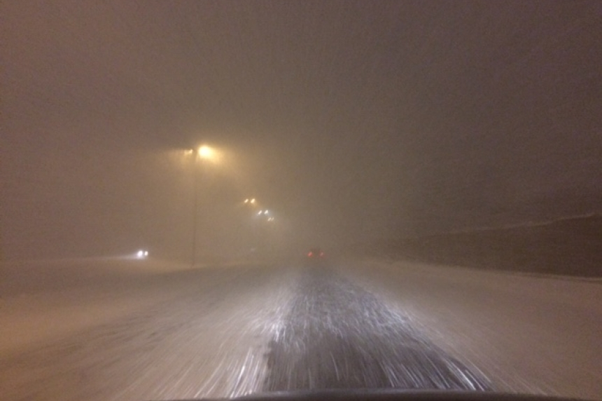 Sask. drivers deal with zero visibility during blowing snow advisory