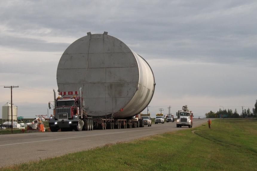 Massive tanker move delayed by heavy rain