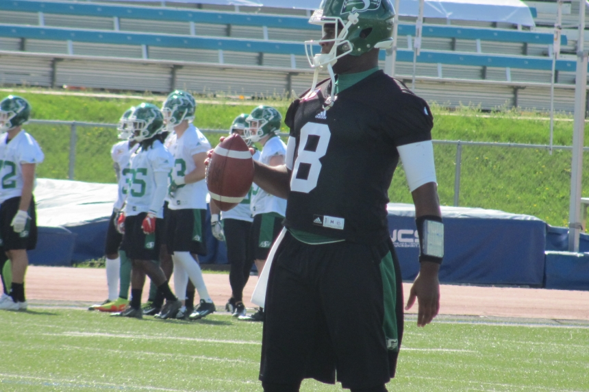 Vince Young exits practice with hamstring injury