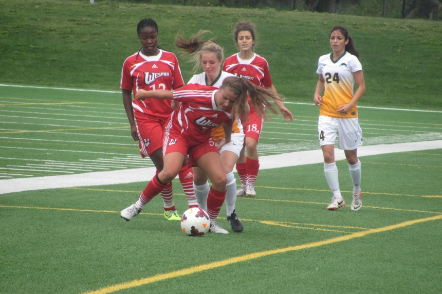 Regina female soccer players inspired by Canadian Olympic team in Rio