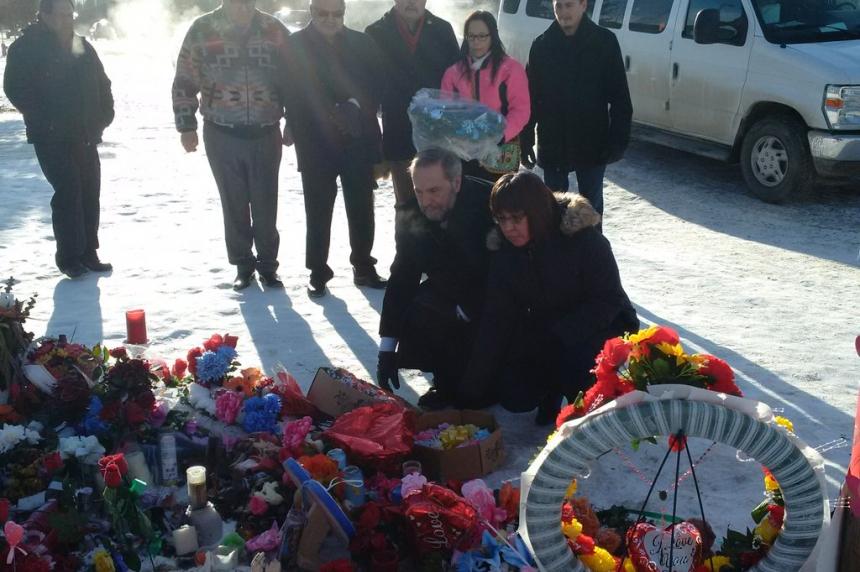 NDP leader Thomas Mulcair arrives in La Loche