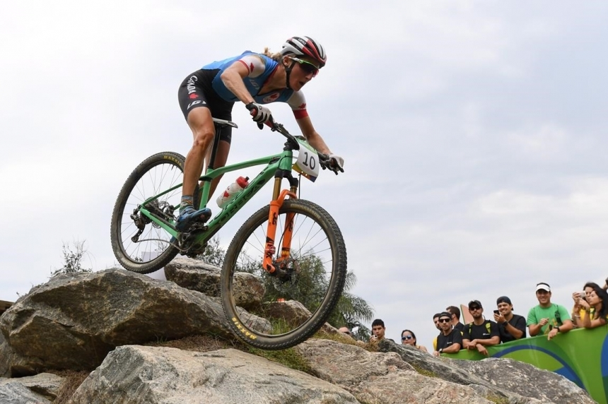 Roundup: Pendrel adds to Canada's medal tally with mountain bike bronze