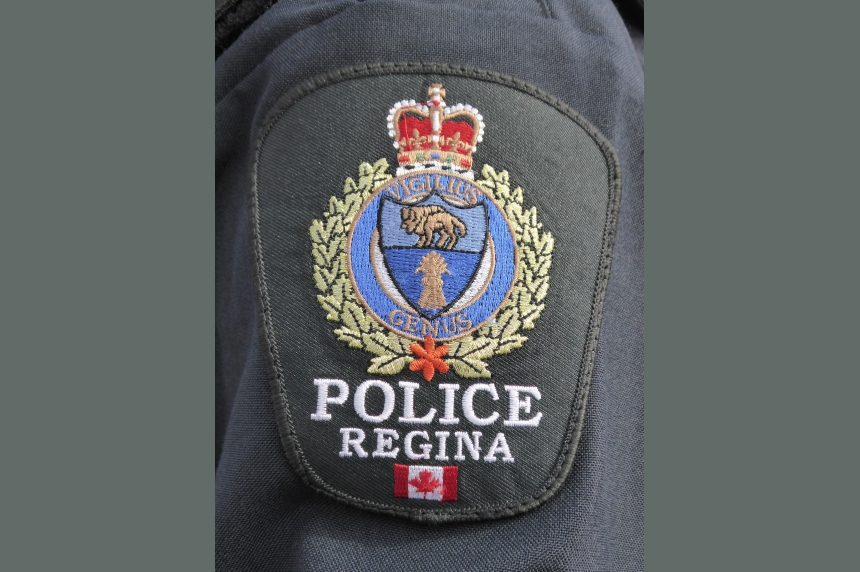 Police arrest 3 in Regina after finding stolen firearm and drugs