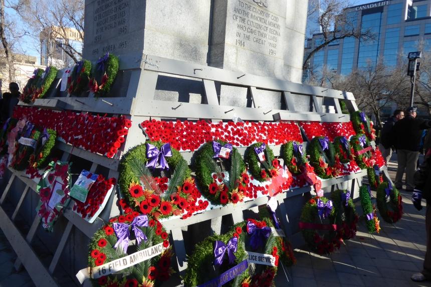 Regina honours war veterans with Remembrance Day ceremonies
