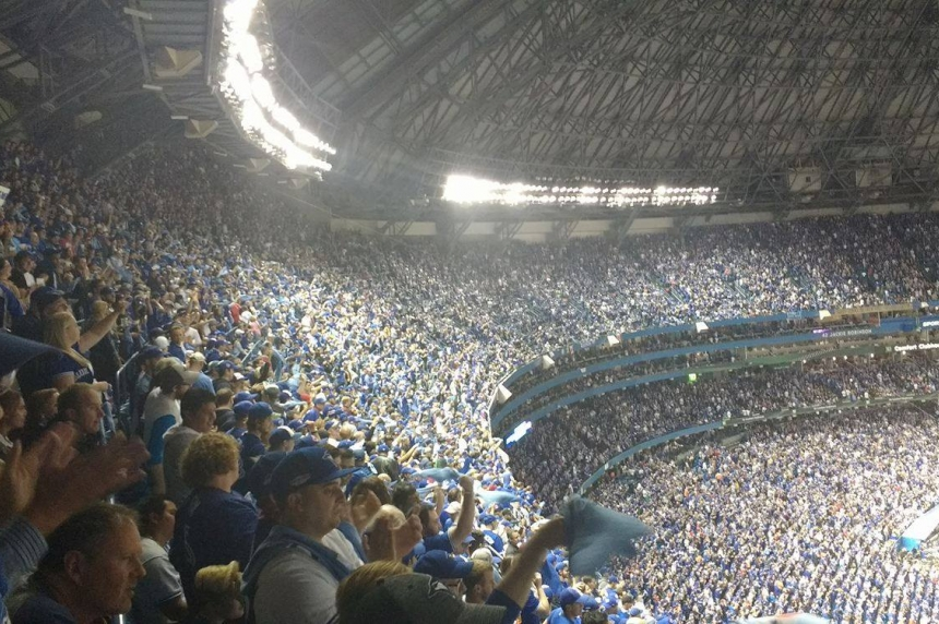 Jays fans overjoyed with sweep over Texas