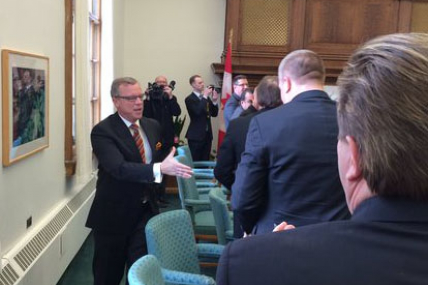 Crowded room at first Sask. Party caucus meeting
