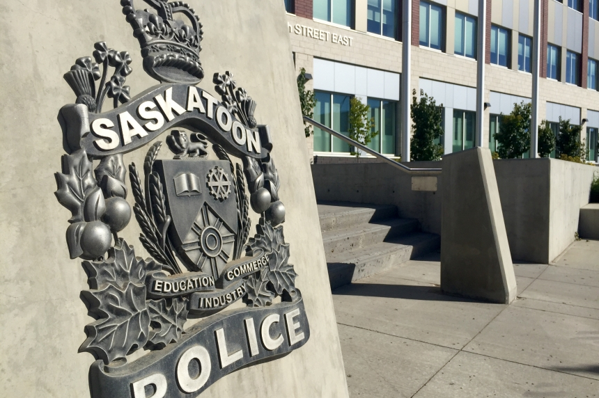Police dog catches suspect after chase through Saskatoon