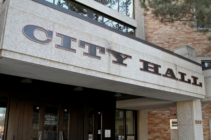 Councillors look at campaign finance reform