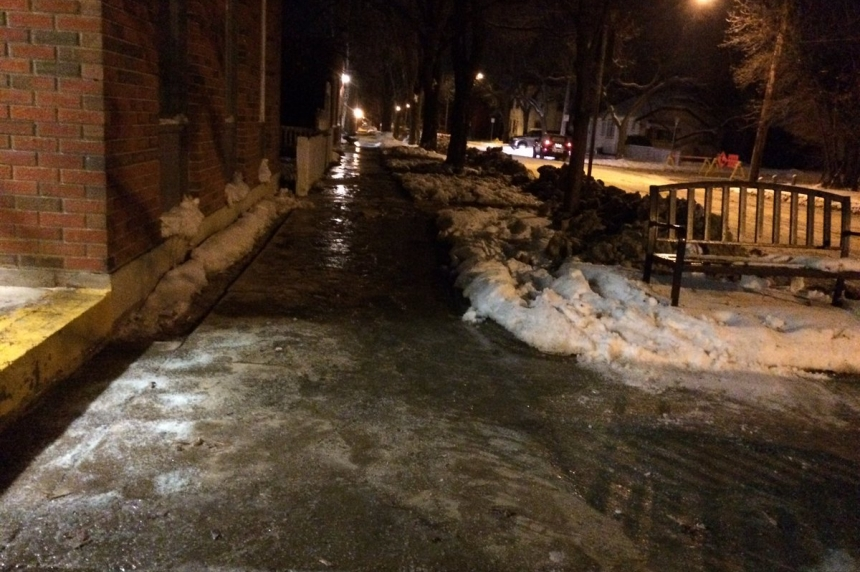 City crews deal with major water main break