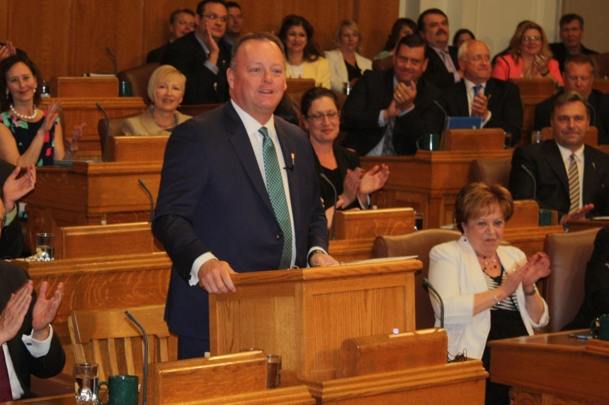 Saskatchewan budget 2016-17 shows deficit of $434 million