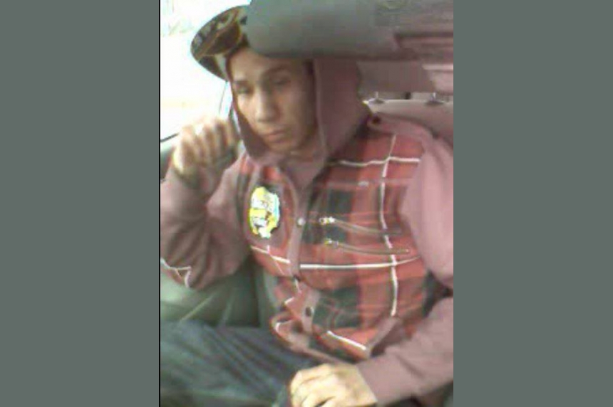Police look for one man who threatened a cab driver
