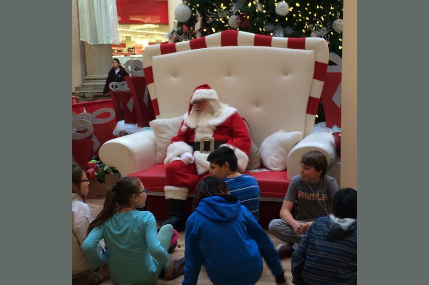 Regina police play Santa for kids in need