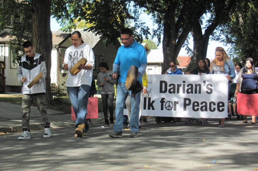 Family remember slain teen at Darian's Walk for Peace