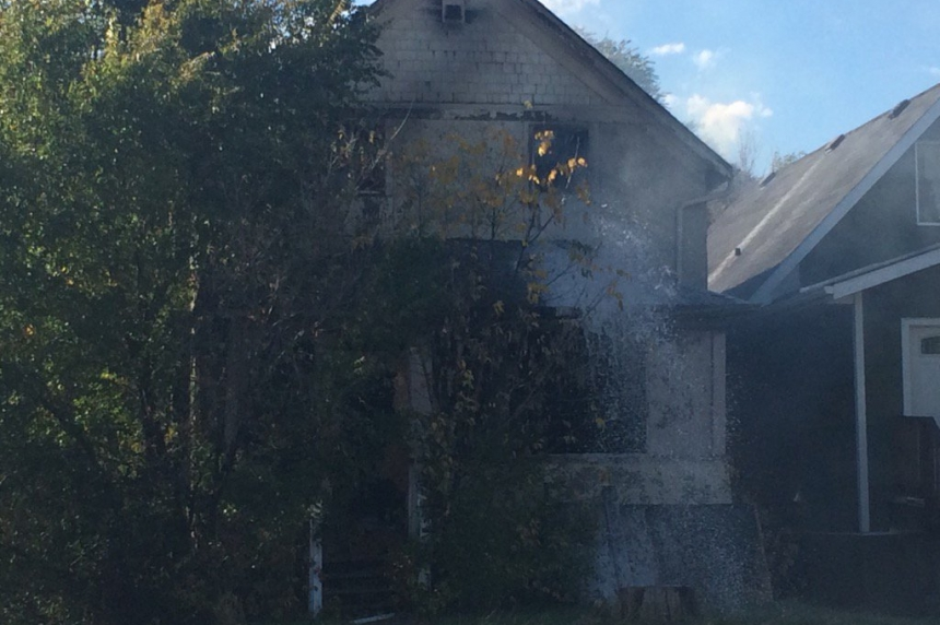 Fire destroys house in north central Regina