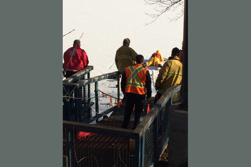 Crews called to Wascana Lake after open hole spotted in the ice