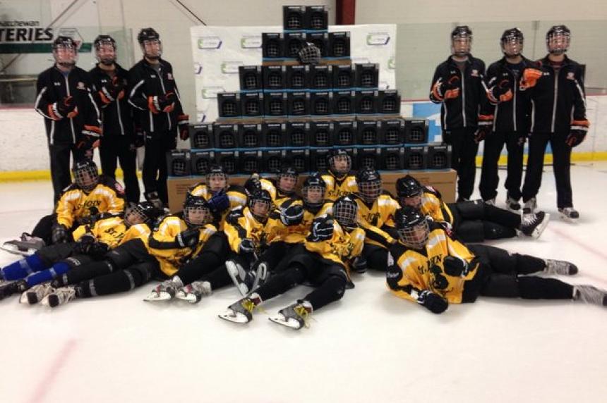 New helemts for Saskatoon inner city hockey players