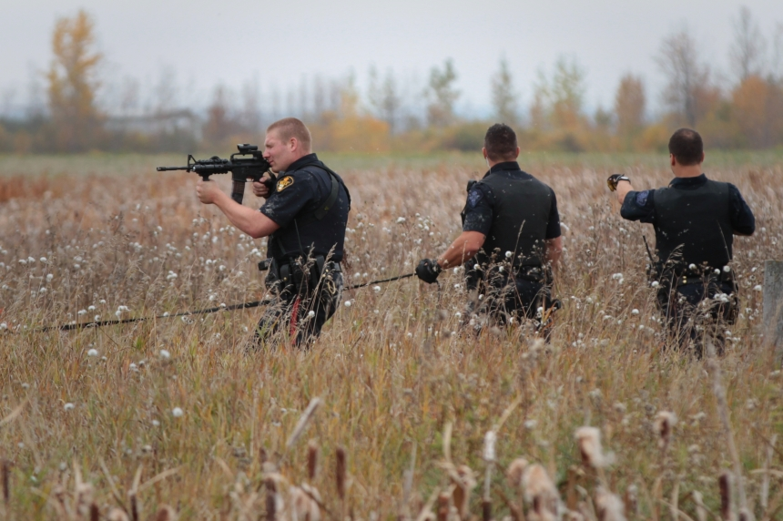 UPDATE: RCMP arrest two escaped prisoners north of Saskatoon