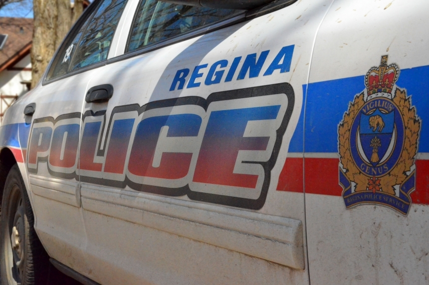Regina police cruiser involved in Sunday afternoon crash