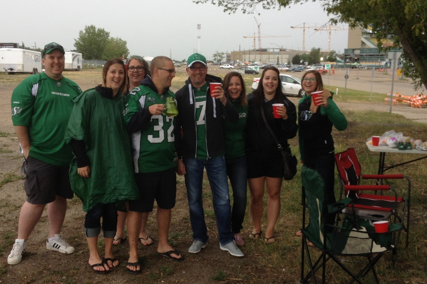 Rider tailgaters pushed from parking lot near Mosaic stadium