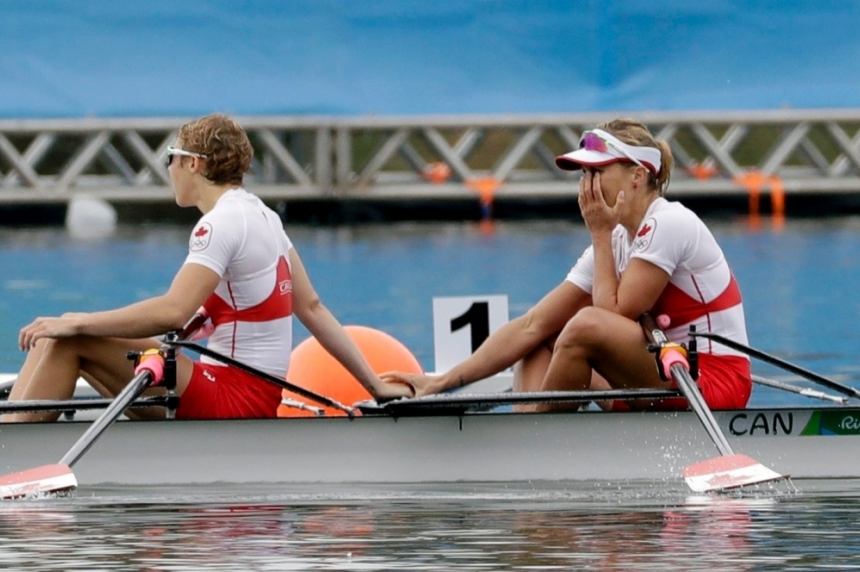 Canadian rowers Lindsay Jennerich and Patricia Obee win Olympic silver